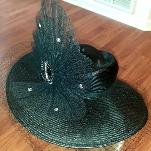 Stunning Gorgeous Special Design BLK/Crystal Hat